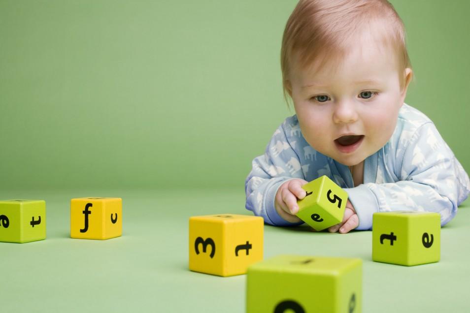 Методики раннего развития можно разделить на разные группы: тематика, возраст.